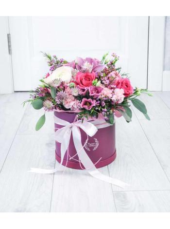 """Цветы в шляпной коробке """"Джессика"""""""