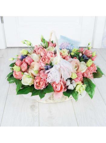 Корзина с цветами Розовое счастье