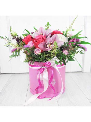 """Букет цветов в шляпной коробке """"Зара"""""""