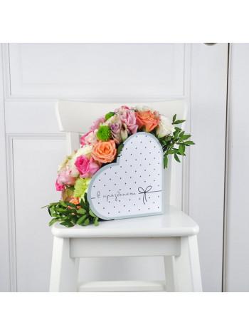 "Цветы коробке в форме цердца ""Алехандра"""