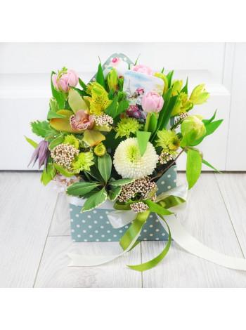 "Цветы в коробке конверте ""Амедеа"""