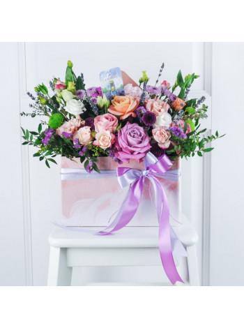 """Цветы в коробке конверте """"Илэрия"""""""