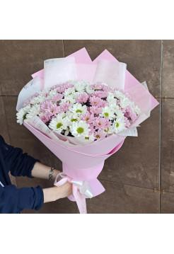 """""""Букет из белой и розовой хризантемы ромашка"""""""