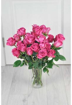 Букет из 25 розовых роз.