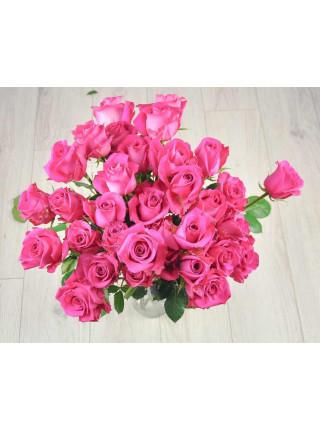 Букет из 35 розовых роз.