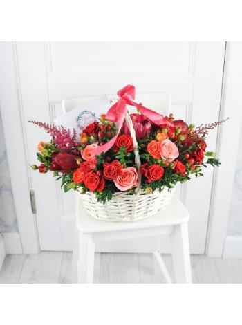 "Корзина с цветами ""Офелия"""